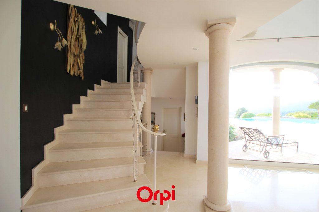 Maison à vendre 6 298m2 à La Cadière-d'Azur vignette-12