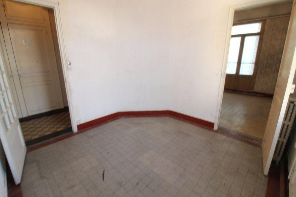 Appartement à vendre 3 52m2 à Toulon vignette-2