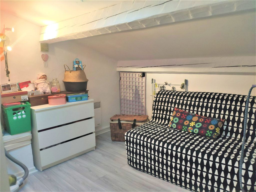 Appartement à vendre 5 94m2 à Six-Fours-les-Plages vignette-6
