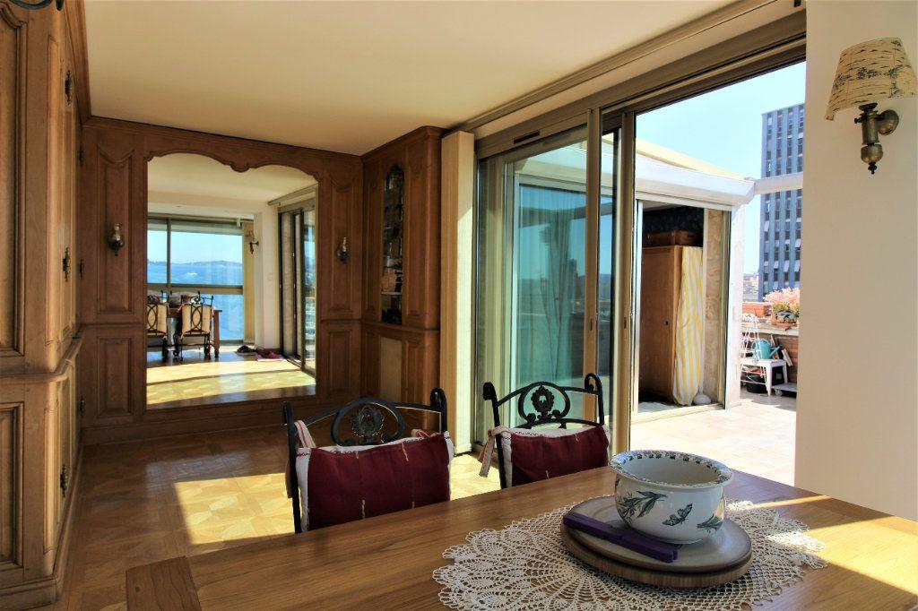 Appartement à vendre 4 98m2 à Toulon vignette-3