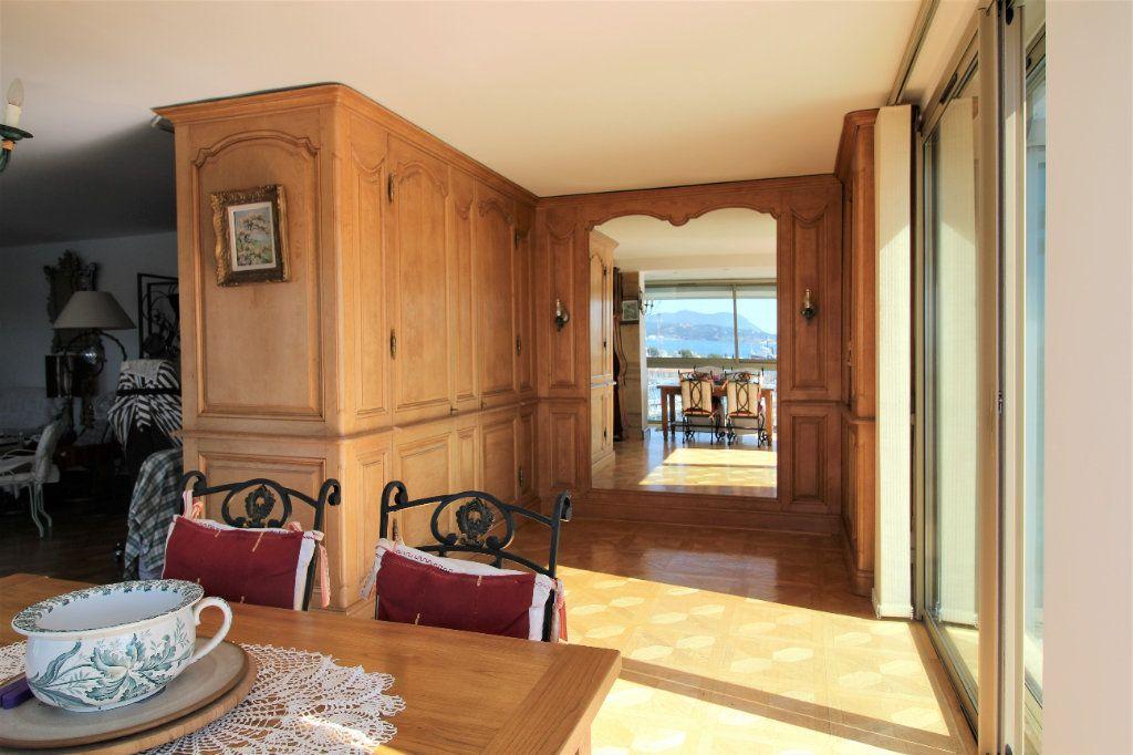 Appartement à vendre 4 98m2 à Toulon vignette-4