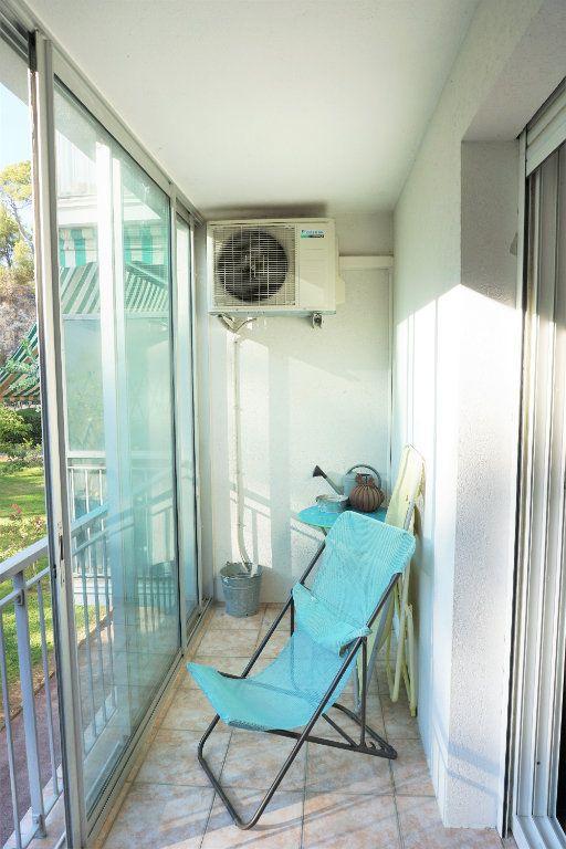 Appartement à vendre 3 70m2 à Bandol vignette-5