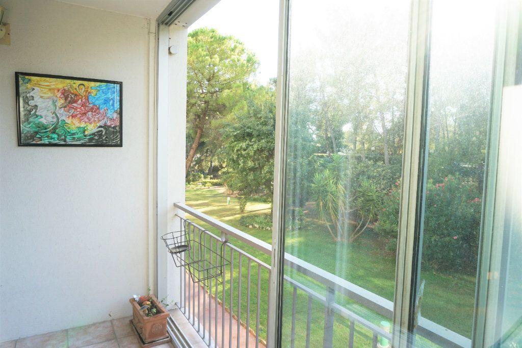 Appartement à vendre 3 70m2 à Bandol vignette-8