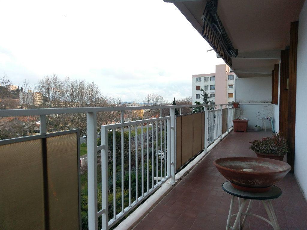Appartement à vendre 4 85m2 à Toulon vignette-1