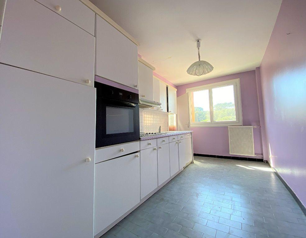 Appartement à vendre 4 85m2 à Toulon vignette-3