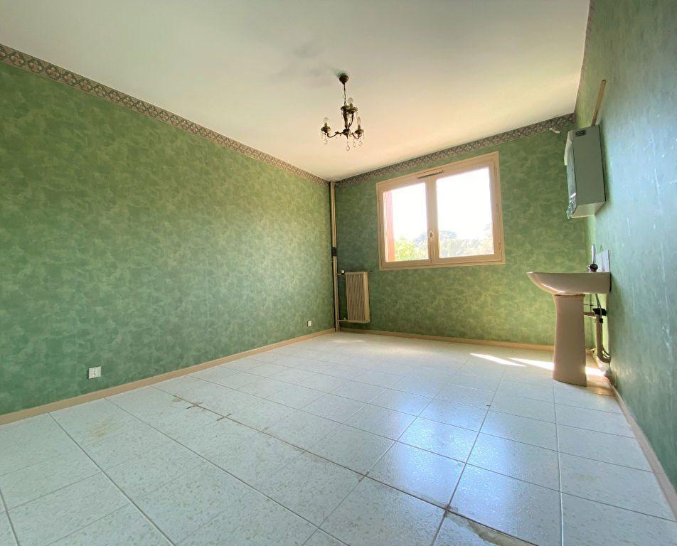 Appartement à vendre 4 85m2 à Toulon vignette-4