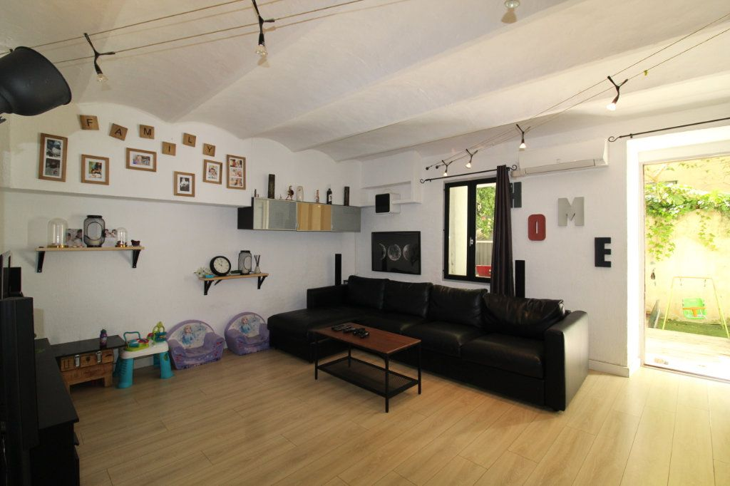 Appartement à vendre 4 93.05m2 à Toulon vignette-3
