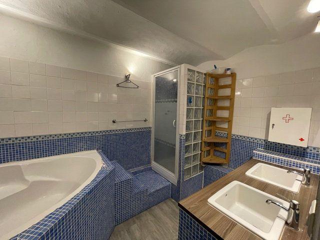 Appartement à vendre 4 93.05m2 à Toulon vignette-4
