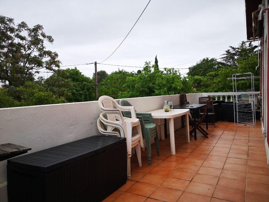 Appartement à louer 3 66m2 à Toulon vignette-1