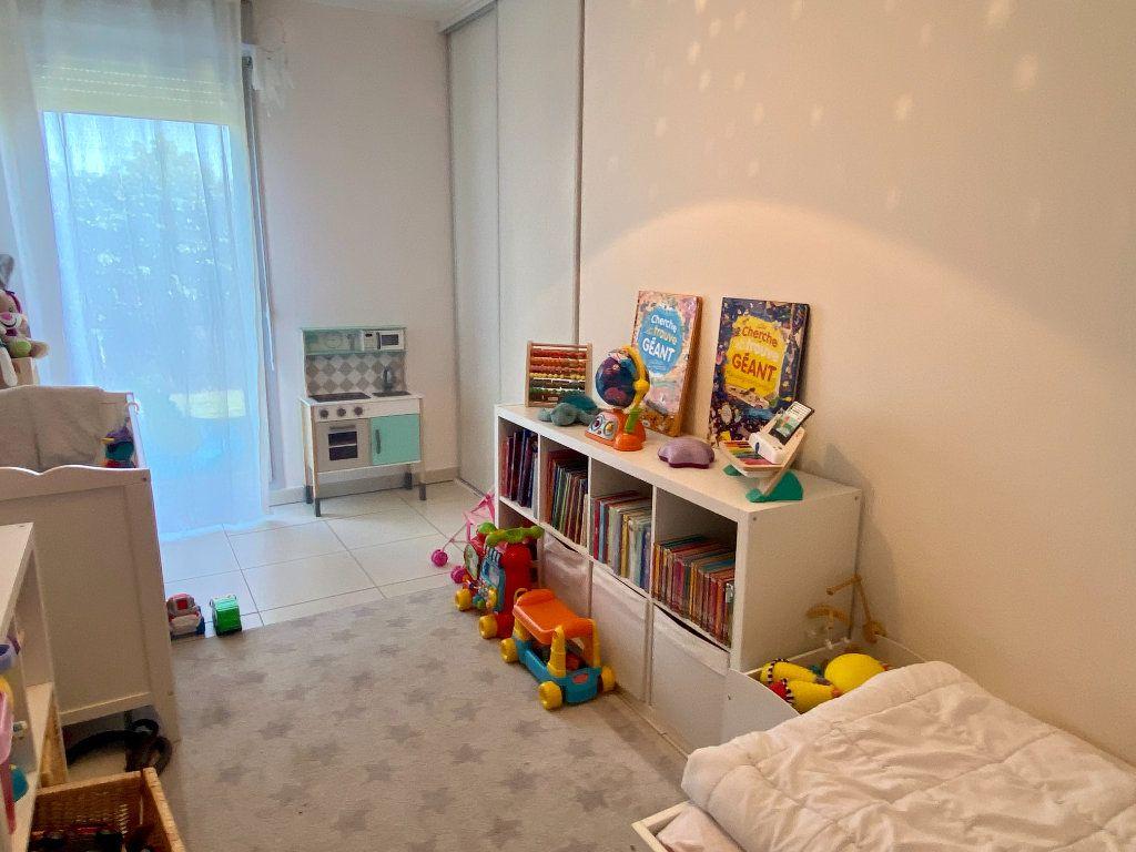 Appartement à vendre 3 61m2 à Toulon vignette-3