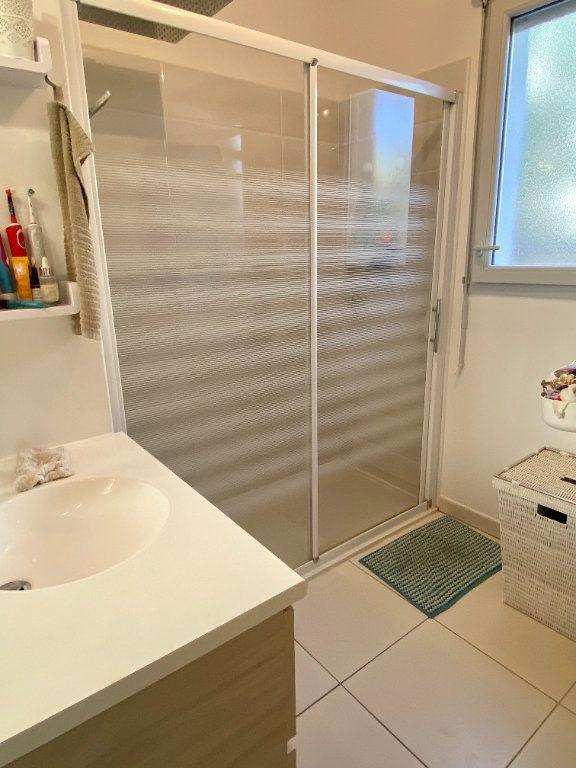 Appartement à vendre 3 61m2 à Toulon vignette-4