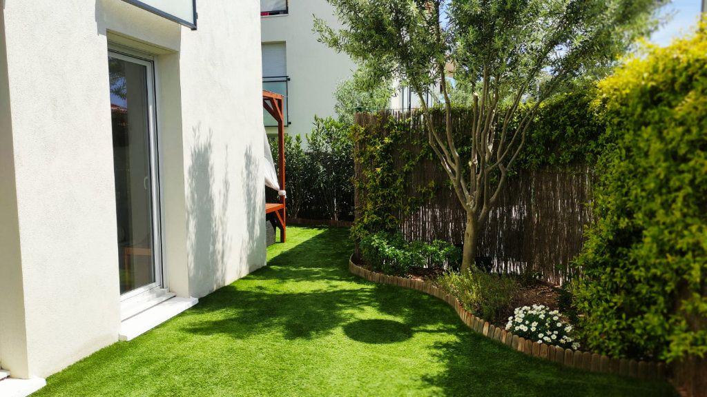 Appartement à vendre 3 61m2 à Toulon vignette-6