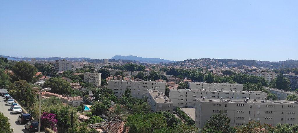 Appartement à louer 3 53.09m2 à Toulon vignette-1
