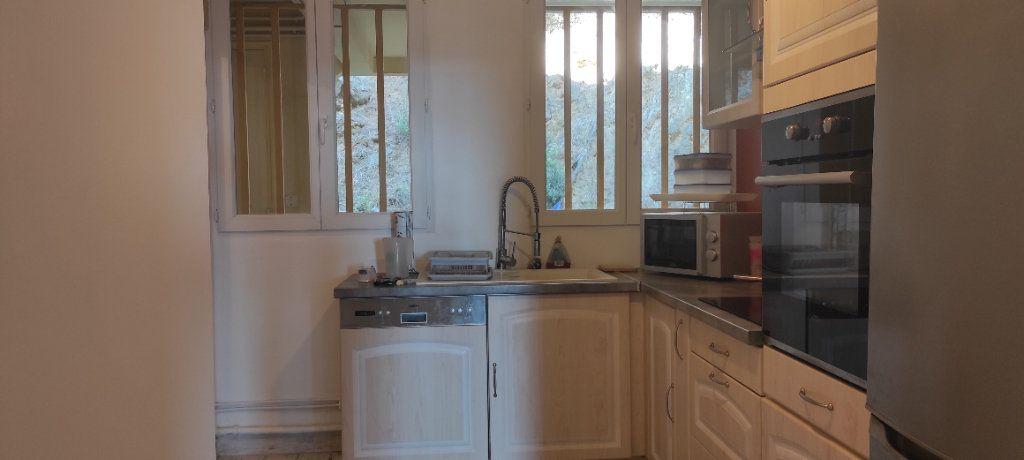 Appartement à louer 3 53.09m2 à Toulon vignette-4
