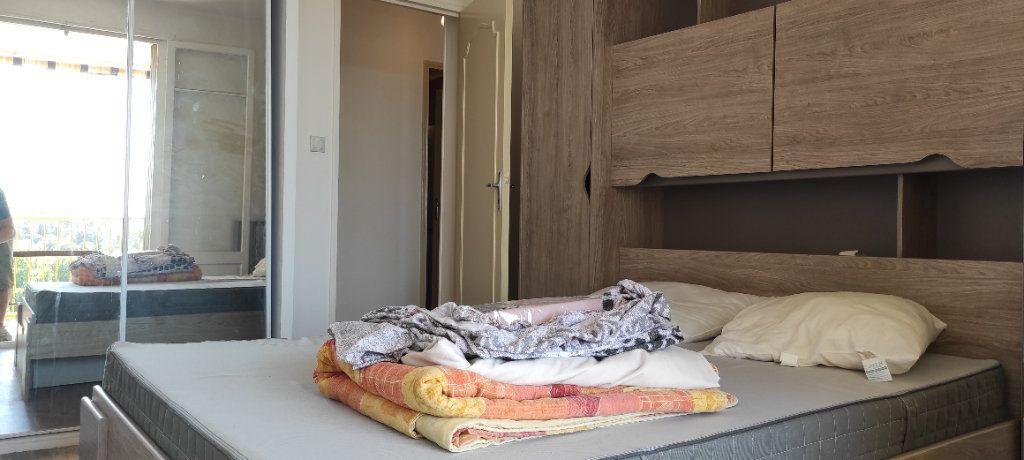 Appartement à louer 3 53.09m2 à Toulon vignette-5