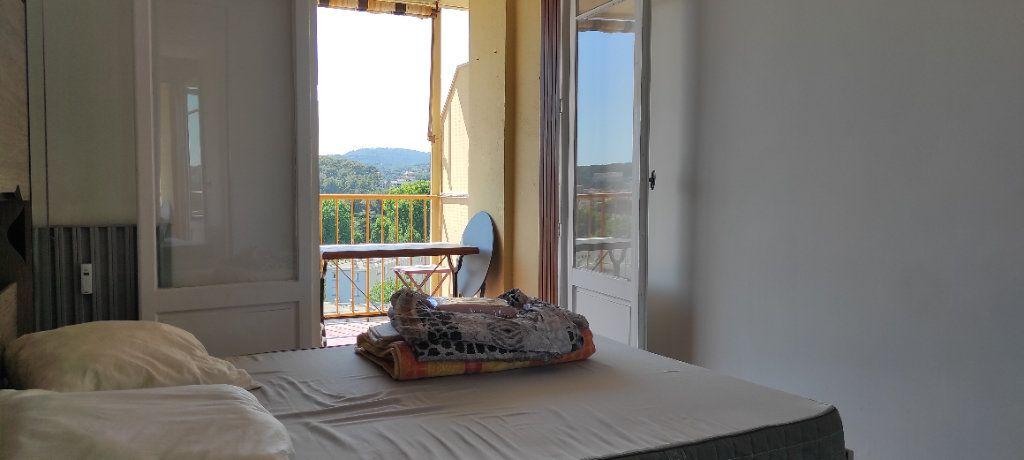 Appartement à louer 3 53.09m2 à Toulon vignette-6