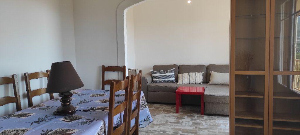 Appartement à louer 3 53.09m2 à Toulon vignette-8