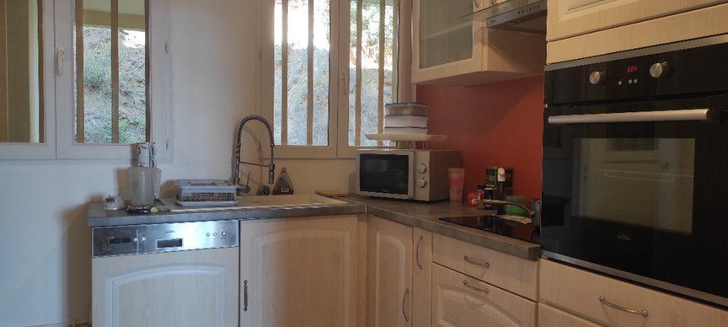 Appartement à louer 3 53.09m2 à Toulon vignette-9