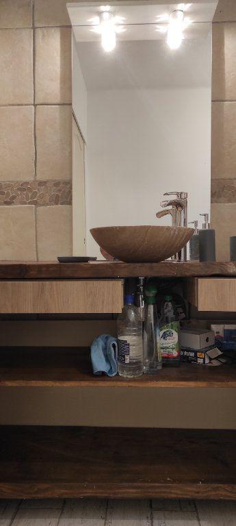 Appartement à louer 3 53.09m2 à Toulon vignette-17