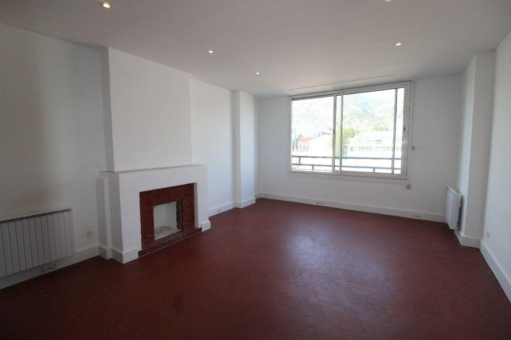 Appartement à louer 4 85.84m2 à Toulon vignette-1