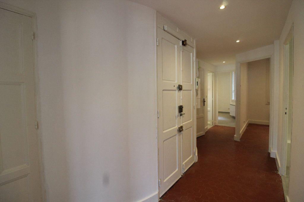 Appartement à louer 4 85.84m2 à Toulon vignette-8