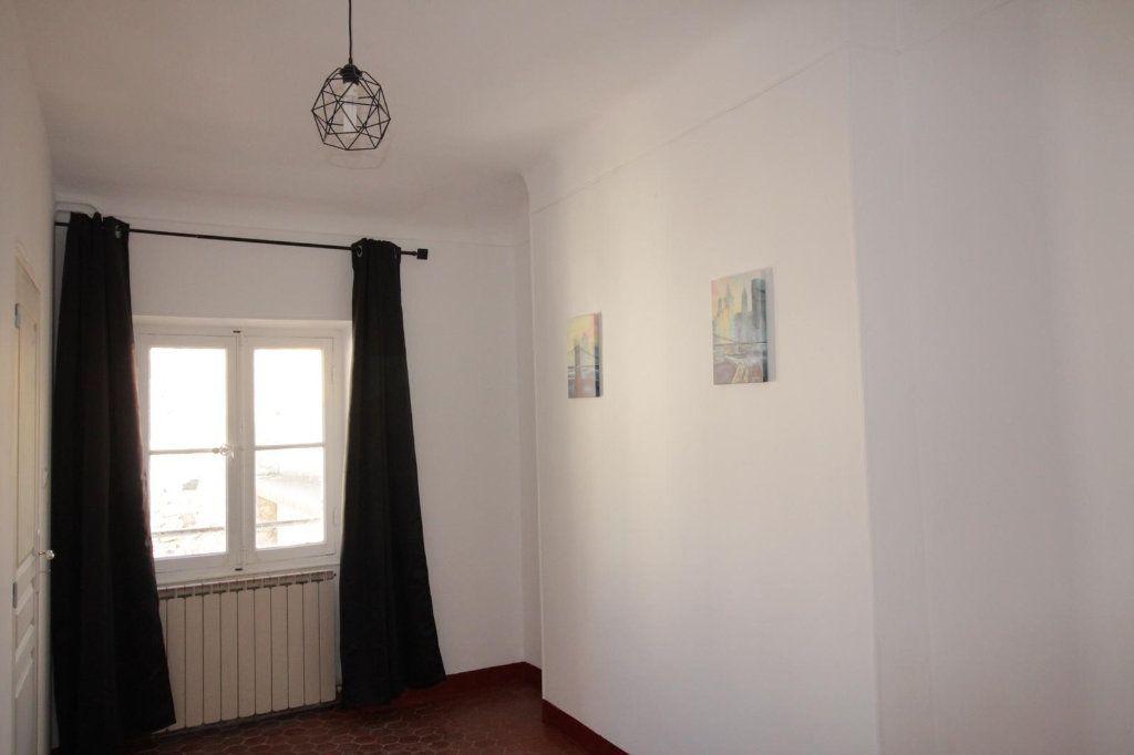 Appartement à louer 3 68.4m2 à Toulon vignette-5