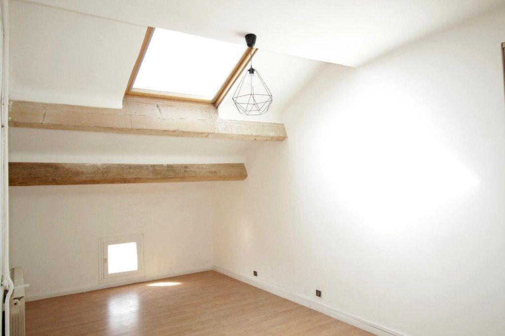 Appartement à louer 3 68.4m2 à Toulon vignette-7