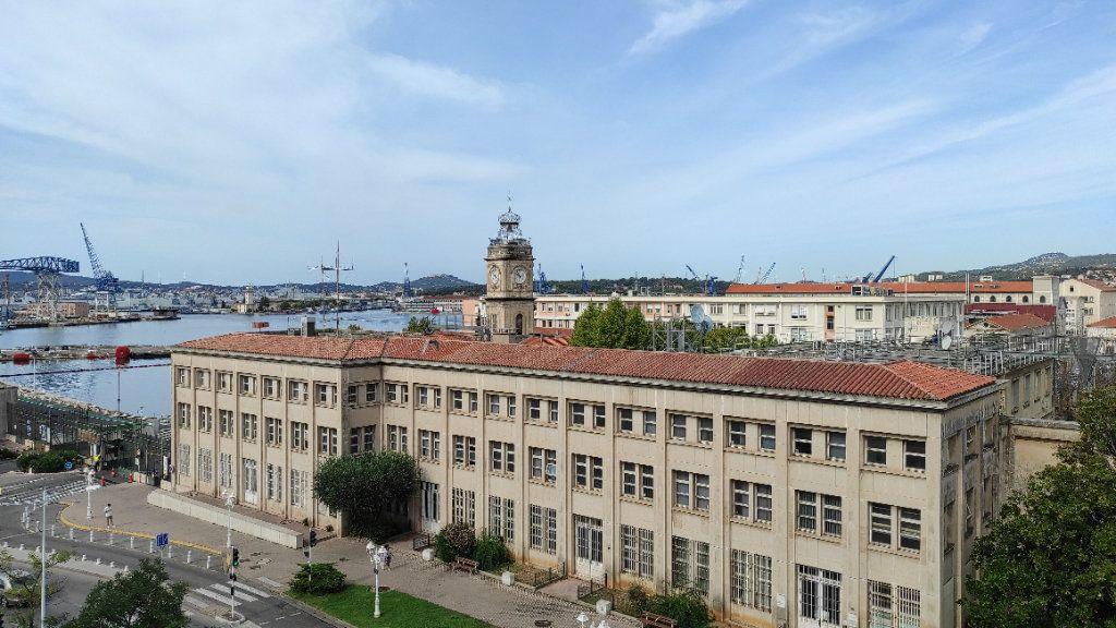 Appartement à louer 1 33.73m2 à Toulon vignette-1