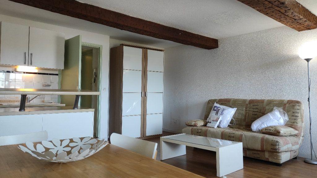 Appartement à louer 1 33.73m2 à Toulon vignette-6