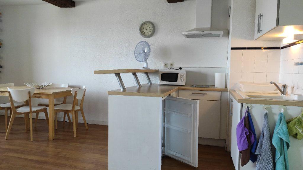 Appartement à louer 1 33.73m2 à Toulon vignette-7