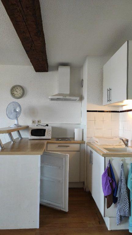 Appartement à louer 1 33.73m2 à Toulon vignette-13