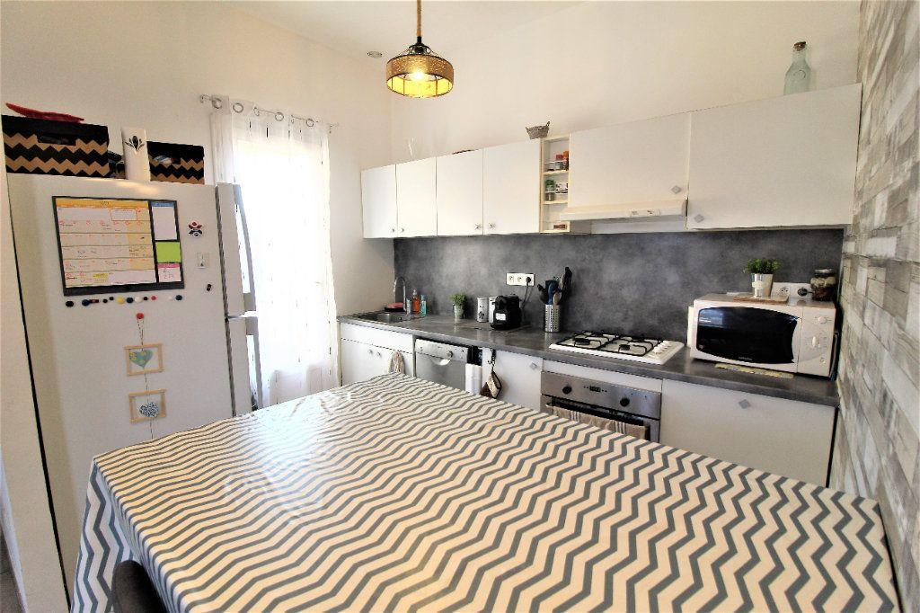 Appartement à vendre 3 51m2 à La Seyne-sur-Mer vignette-6