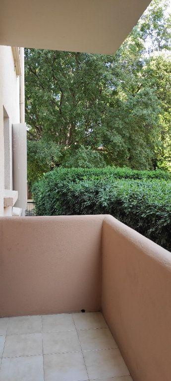 Appartement à louer 2 41.8m2 à Toulon vignette-10