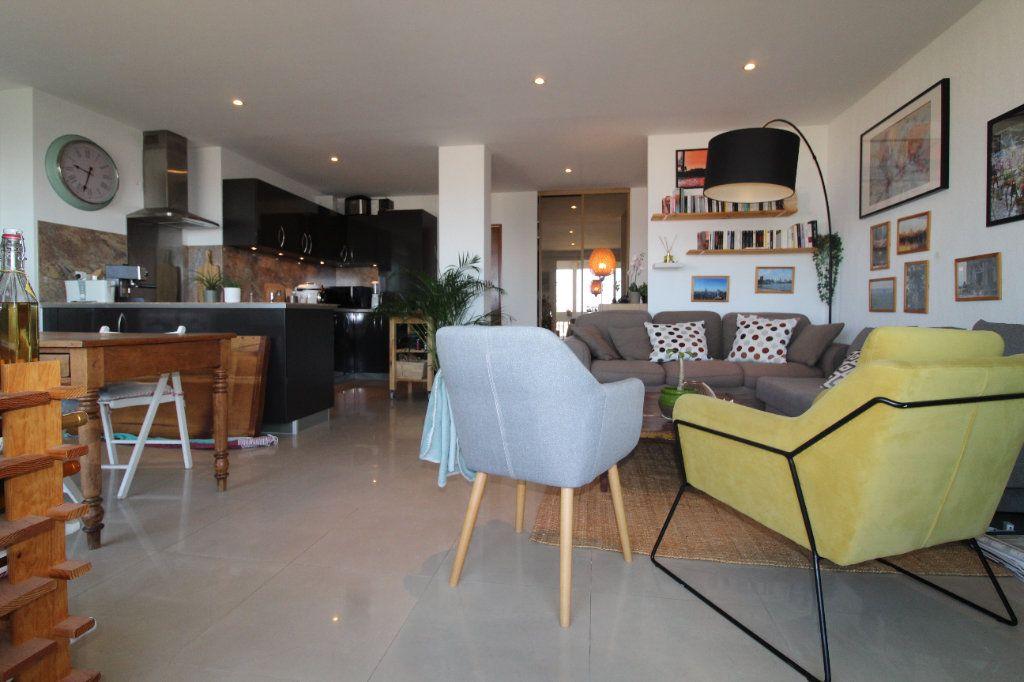Appartement à louer 2 54.17m2 à Toulon vignette-1