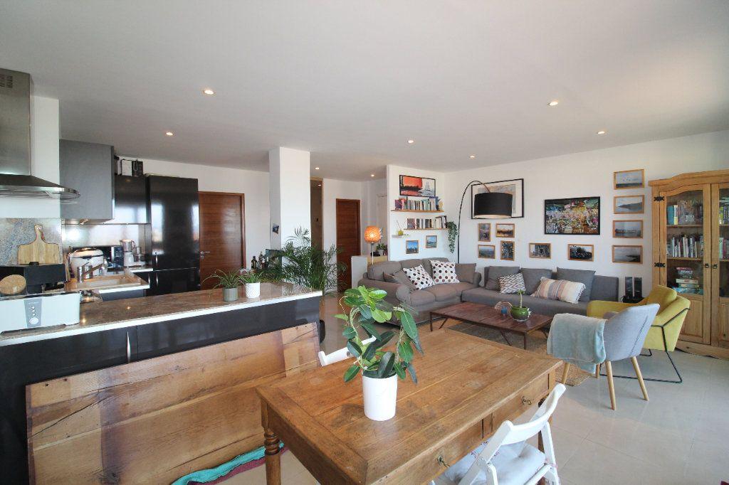 Appartement à louer 2 54.17m2 à Toulon vignette-8