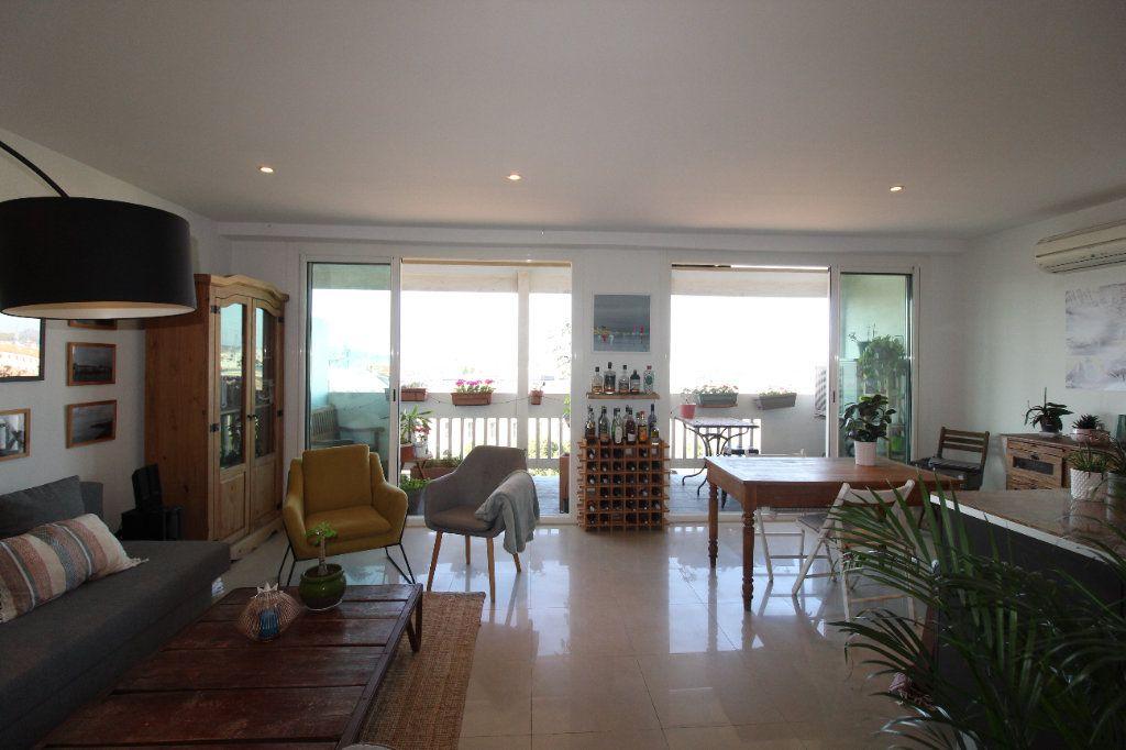 Appartement à louer 2 54.17m2 à Toulon vignette-9
