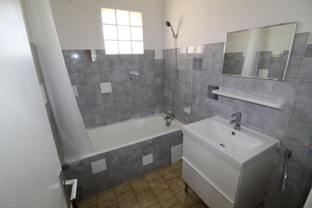 Appartement à vendre 3 45m2 à Toulon vignette-8
