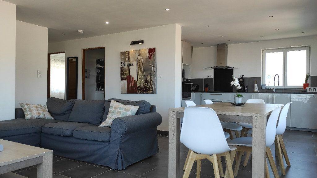 Maison à louer 4 75.3m2 à Toulon vignette-2