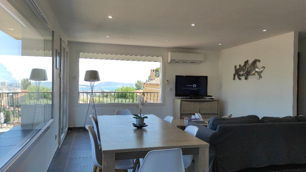 Maison à louer 4 75.3m2 à Toulon vignette-6