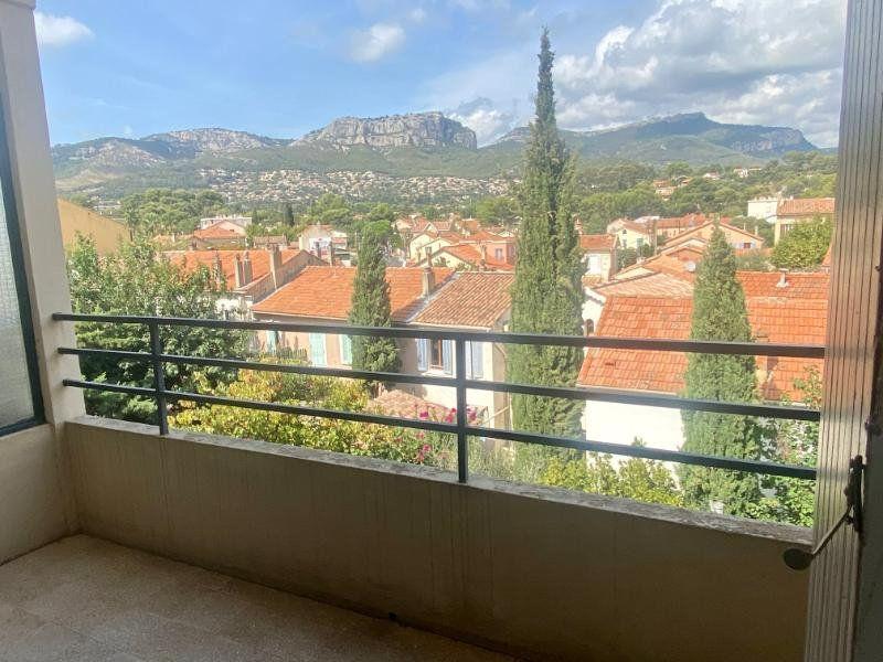 Appartement à vendre 3 56.86m2 à Toulon vignette-1