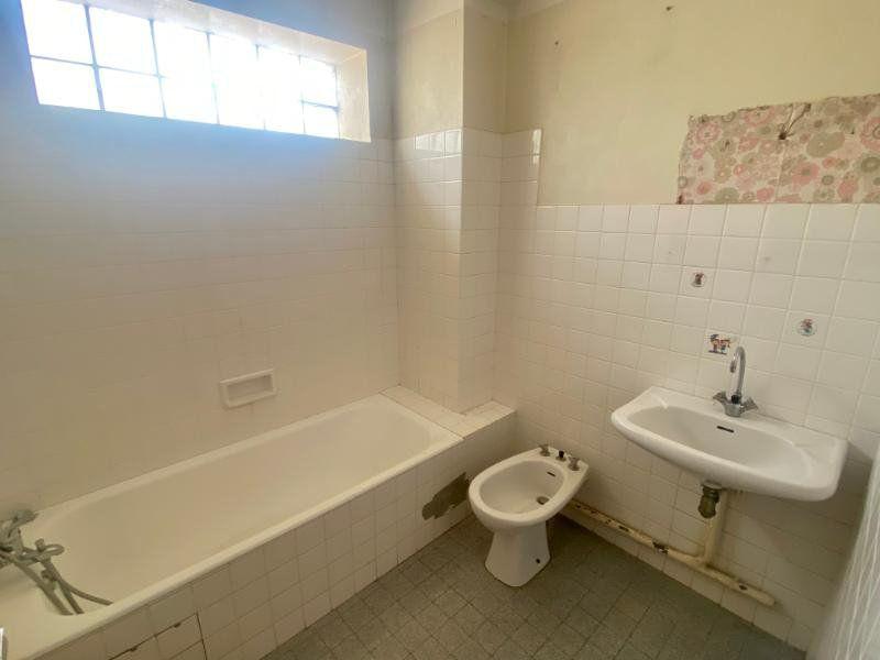 Appartement à vendre 3 56.86m2 à Toulon vignette-9