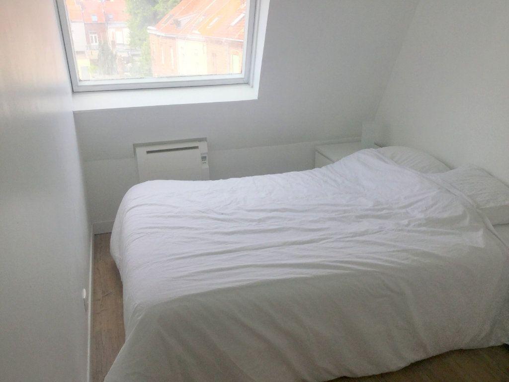 Appartement à louer 1 22m2 à La Madeleine vignette-6