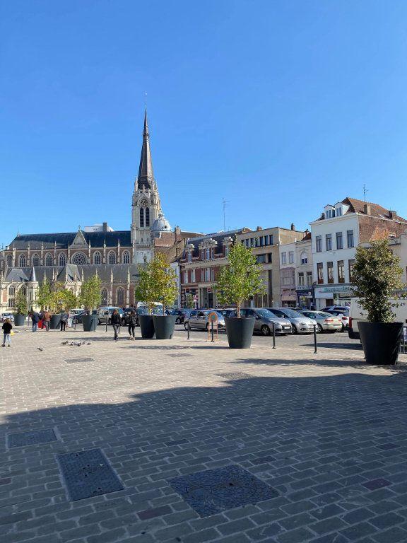 Immeuble à vendre 0 249.48m2 à Tourcoing vignette-1