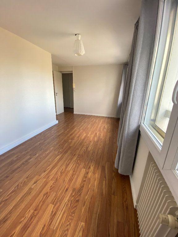Appartement à louer 3 95m2 à La Madeleine vignette-3
