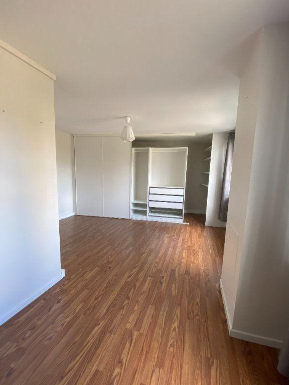 Appartement à louer 3 95m2 à La Madeleine vignette-5