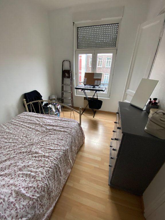 Appartement à louer 3 48m2 à Lille vignette-3