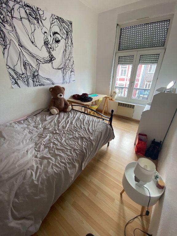 Appartement à louer 3 48m2 à Lille vignette-4