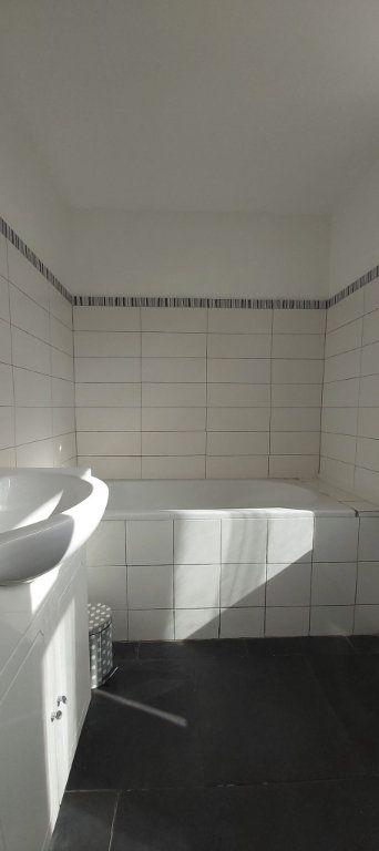 Appartement à louer 2 37.89m2 à Tourcoing vignette-5