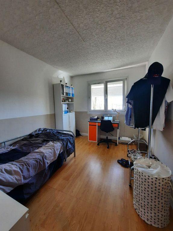 Appartement à vendre 4 64.27m2 à Villeneuve-d'Ascq vignette-3
