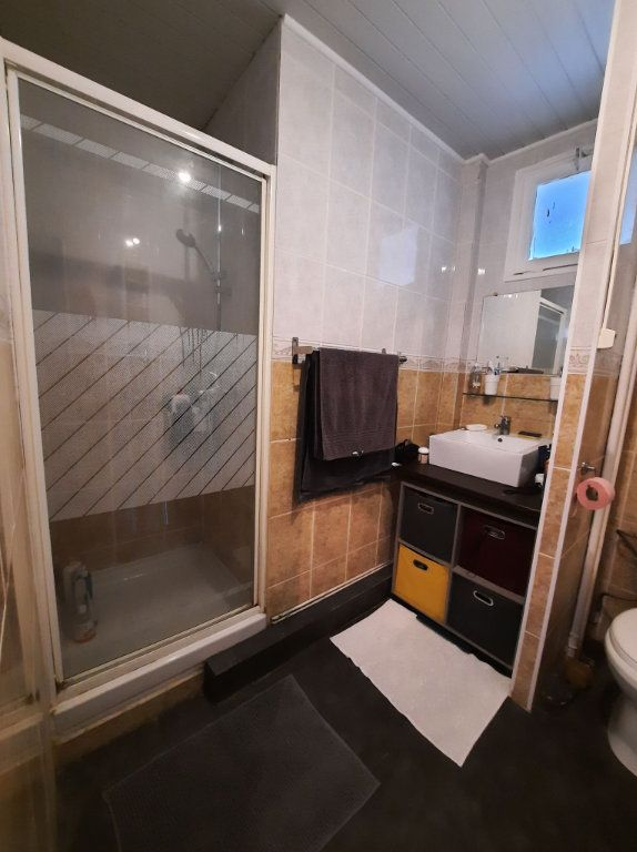 Appartement à vendre 4 64.27m2 à Villeneuve-d'Ascq vignette-5